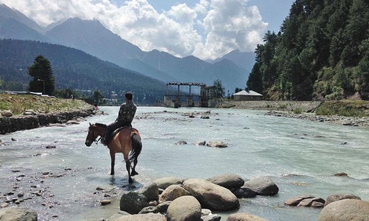 4 Days Kashmir Tour Package